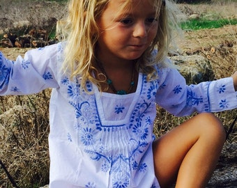 Kids tunic with hand embroidery