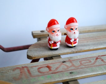 Set of two vintage Santa pins, made in Japan ~ total holiday Christmas kitsch!