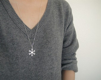 Sterling Silver Snowflake Necklace,  Long Silver Layer Necklace, Sterling Silver Snow Flake Necklace