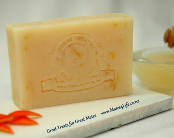 Natural Dog Soap - Beauty and The Bees