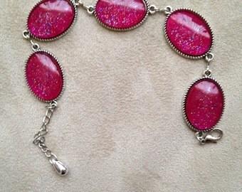 Red sparkle glass cabachon bracelet