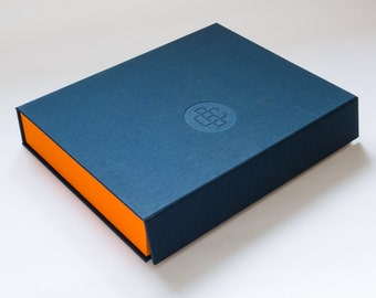 A4 Dropback Clamshell Box. Ideal Presentation Box For Designers, Photographers or Artists