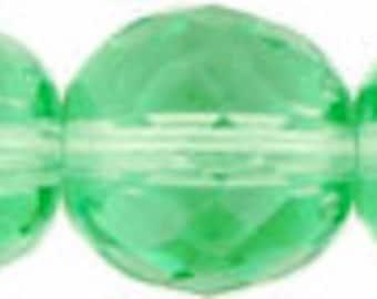 Czech Glass 8mm Facet Round - Peridot - Pack 20