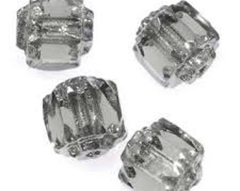 Czech Glass Antique Style Cathedral 8mm - Silver & Black Diamond - Pack 20