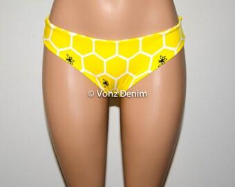 Yellow Bee Hive Hips Bikini Bottom, Full Coverage Bikini Bottoms, Fully Lined Spandex Swim Suit Bottom