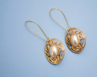 Bold Pearl and Gold Vintage Clip-On Earrings (On Hooks for Pierced Ears!)