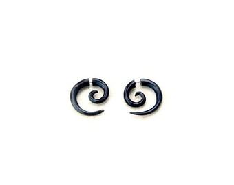 Small Spiral Fake Gauge Earring, Horn Earrings Spiral Fake Taper, Faux Gauge H031-2