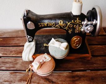 Handmade macaron Coin Purse / Jewelry Box