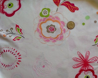 Cotton knit fabric Euro floral on white