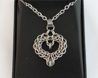 Chainmail Heart Necklace - Stainless Steel