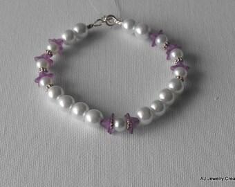 Glass Pearls and Purple Flower Bracelet - Pearl Bracelet          (BD-671)