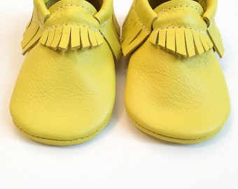 Baby Moccasins, Toddler Moccasins, Lemon, Yellow leather Shoes