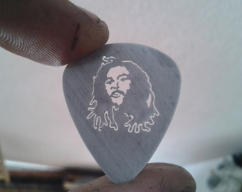 cut,guitar pick,bod marley,renovatiodesign,handmade,quiron1221