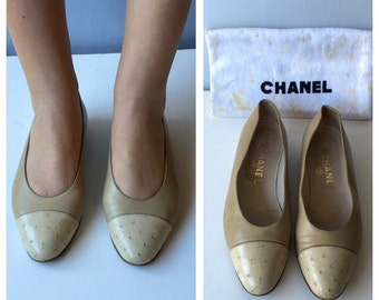 80s Chanel Leather and Ostrich Ballerinas Shoes 35.5 IT 3 UK 5.5 US