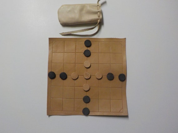 Brandubh - Medieval Board Game - Shipping Included