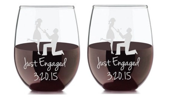 Engagement Gift, Etched Wine Glass, Personalized Engagement Gift, Custom Engagement Gift, Proposal Gift, Mr and Mrs