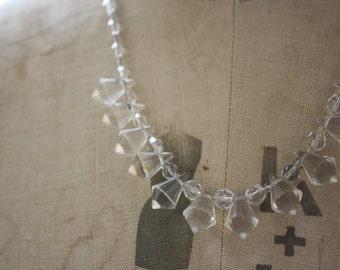 Vintage 1930s Art Deco Glass Necklace