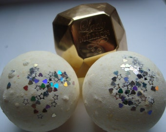 Bath Bomb in a Million with hearts and stars confetti, Gift for her, mother's day present, Golden bath bomb, vegan bath bomb, UK bath bomb