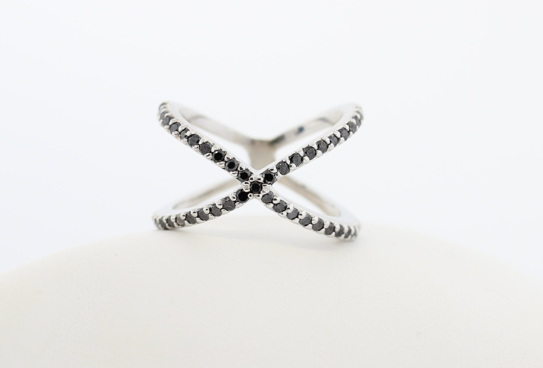 Kt Gold Diamond Criss Cross X Ring K Black Diamond Ring