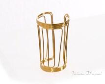 Brass Bracelet: NEPHER Gold plated
