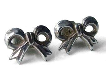 Vintage 925 Sterling Silver Bow Stud Earrings