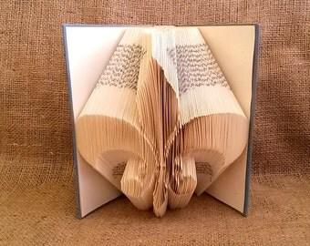 Fleur de lis Folded Book Art-Book Sculpture-home decor-old book-Silhouette - E130