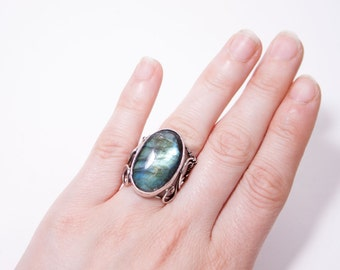 Sehanine - handmade wire wrapped sterling silver ring with beautiful blue iridescent shine labradorite cabochon, wire wrapping, wire wrap
