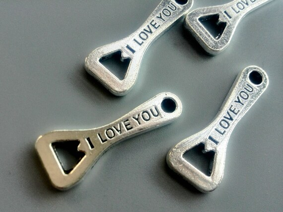 5 10 20 pcs antique silver tone bottle opener charms i love you pendants kitsch jewelry keychain. Black Bedroom Furniture Sets. Home Design Ideas