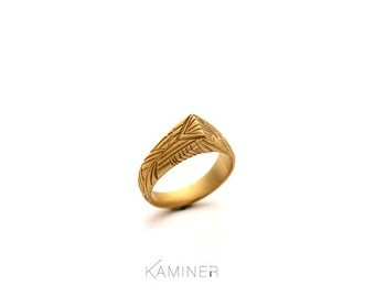 Gold Ring, Triangle gold ring, Statement ring, Geometric ring, Handmade ring, Pattern ring, Pointed ring, Silver ring