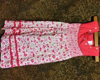 Adorable little girls 1980's red and pink flower smock top dress, hand top stitched pink daisies around the neck line  and waist.