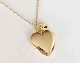 locket pendant necklace,gold heart Locket Necklace with initial, gift for her, gift for mom, Mother's Day gift, family necklace