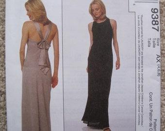 UNCUT Misses Dress - Size 4 to 8 - McCalls Pattern 9387