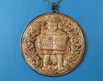 Vintage For God and King English ceramic pendant