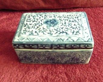 Free Shipping....Blue Floral Ceramic Box