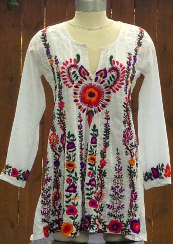 Mexican embroidered tunic mini dress size by bronzeagevintage