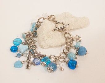 FREE SHIPPING! Blue Bracelet of Czech glass and Silver color metal