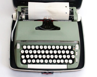 ON SALE Vintage Typewriter Light Green Smith-Corona Super Sterling Typewriter with Case and Key Portable Typewriter