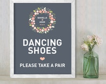 Dancing Shoes // Flip Flop Basket Dance Sign // Floral Wedding Sign DIY // Flower Wreath, Coral & Gray // Printable Poster ▷  Personalized
