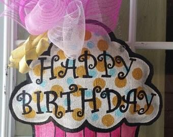 Cupcake burlap door hanger, Happy Birthday door hanger, Birthday decoration, Large size.