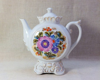 Soviet USSR Teapot Coffeepot 9 1/4'' Flower w Gold trim Kiev, not LFZ.