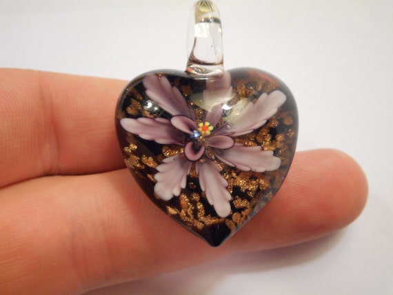 1 Heart Pendant Purple Flower Lampwork 31x40mm - Free Combined Shipping