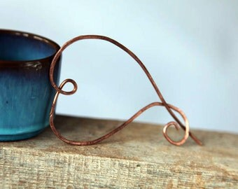 Unique handmade lagenlook copper wire heart brooch for jacket,coat,sweater or scarf.