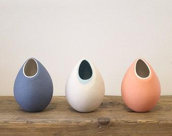 porcelain ceramic mini bud vase