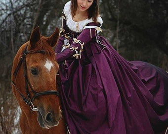 Violet Renaissance 15th Century Italian Venetian Dress
