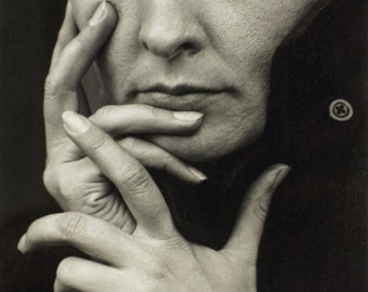 "Alfred Stieglitz Photo ""Hands"" Georgia O'Keeffe, artist, 1918"