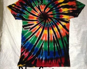Tie dye shirt, Spiral tie dye shirt, Tye dye shirt