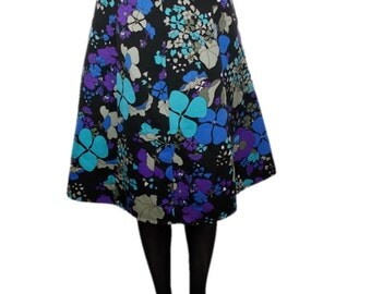 60s/70s Bold Floral Patterned Knee Length Panelled Skirt Black with Multi Coloured Flowers - UK 10