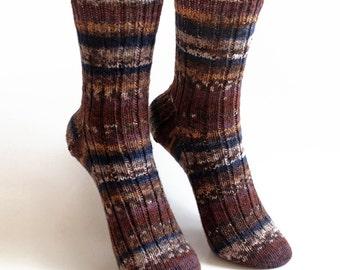 Brown Ribbed Knit Crew Socks. Boys Handknit Wool Socks. Knit Cuffed Ankle Sox. Preteen Boy US 13. Women US 1. European 32-33