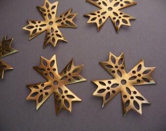 4 Filigree Cross Snowflake Charm - Small