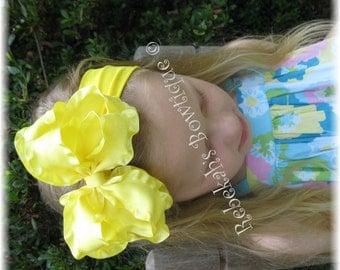 Yellow baby headband, yellow double ruffle hair bow, Halloween headband, Infant headband, lemon yellow, hair bows for babies, double ruffle